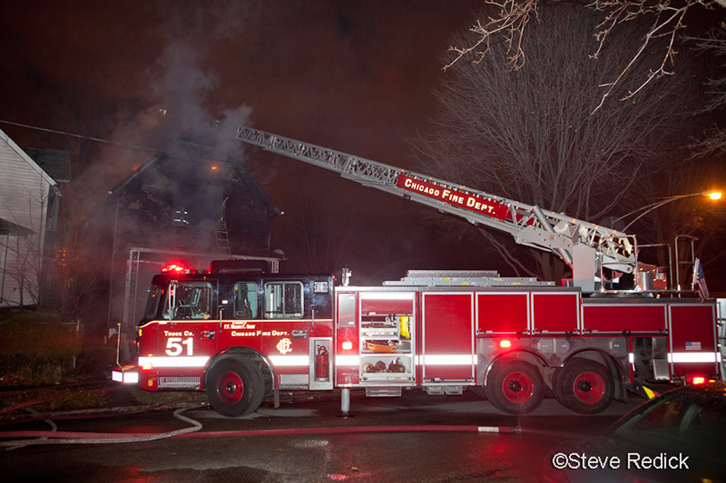 Chicago Still Alarm fire 57th and Normal Chicago Truck 51 Crimson aerial