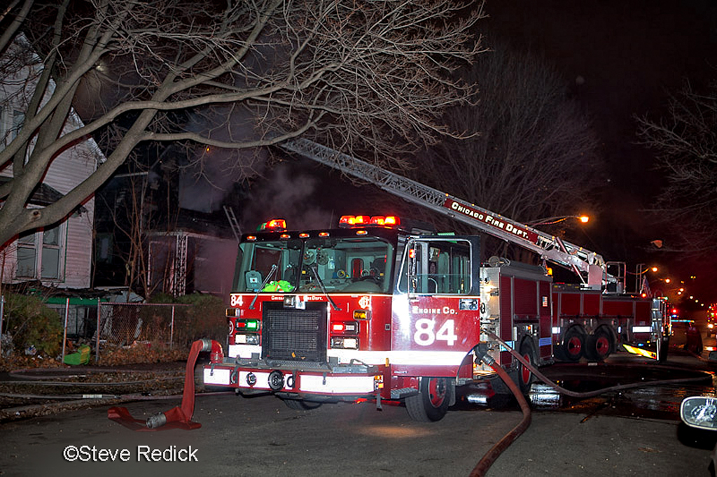 Chicago Still Alarm fire 57th and Normal Chicago Engine 84