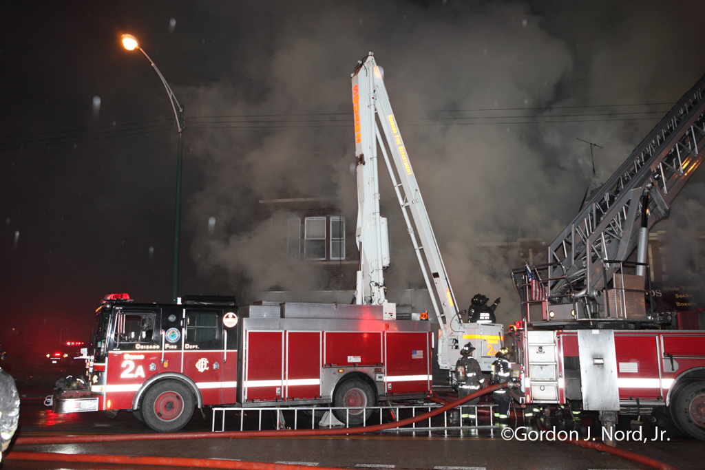 Chicago 2-11 alarm fire 12-14-11 Cermak Road
