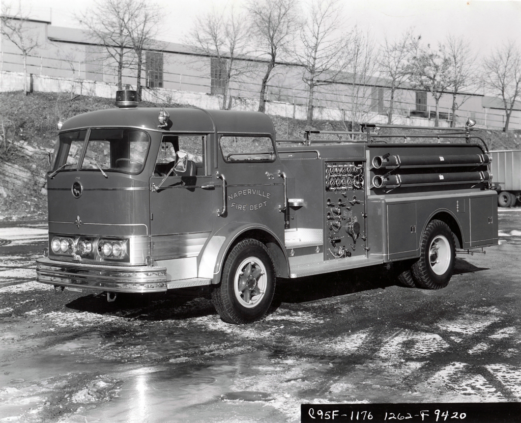 Naperville Fire Department 1967 Mack C95 engine
