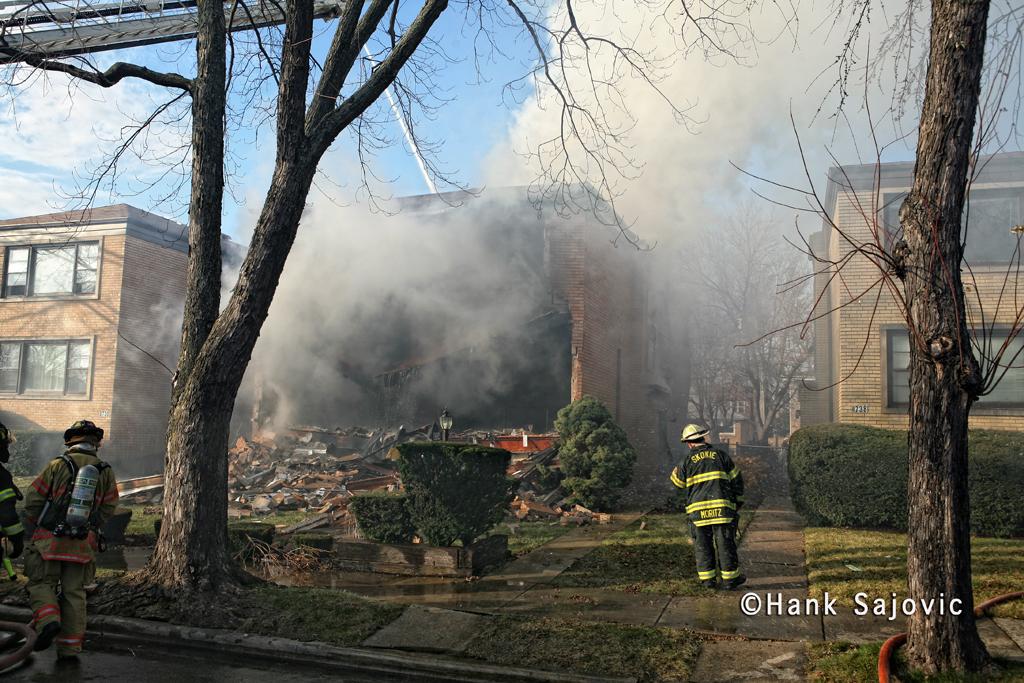 Skokie building explosion Kimball Avenue 12-12-11