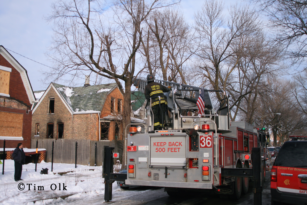Chicago Fire Dept Still & Box Alarm Fire at 906 Trumbull 1-15-12