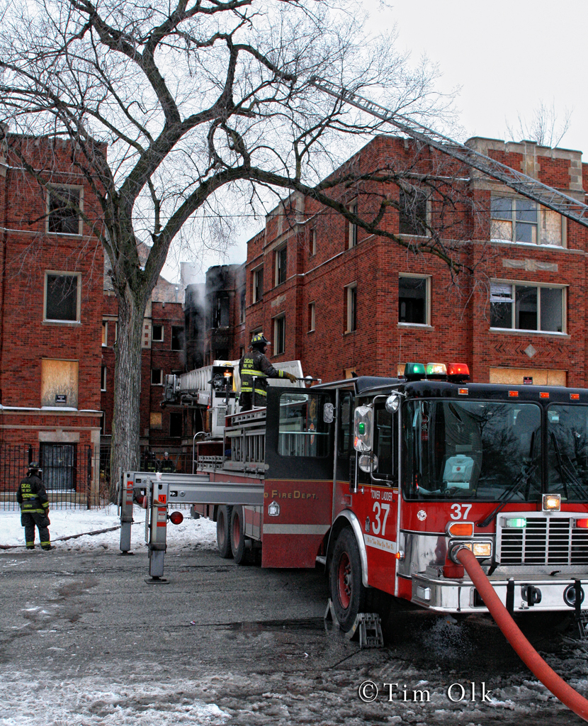 Chicago Fire Department Still & Box Alarm Fire at 63rd & Stewart 1-14-12