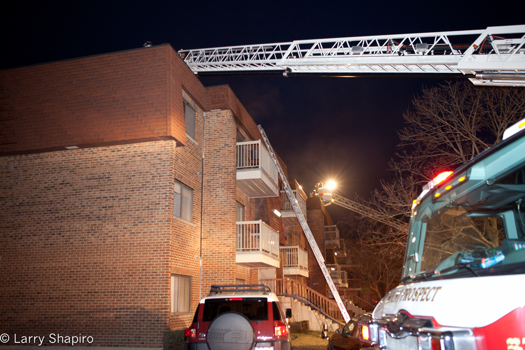 apartment fire in Mount Prospect 715 Central Road 2-20-12