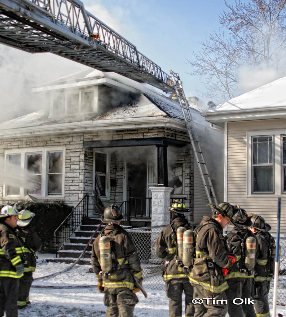 Chicago Fire Department Still & Box 10728 South Prairie fatal fire 2-11-12 boy's