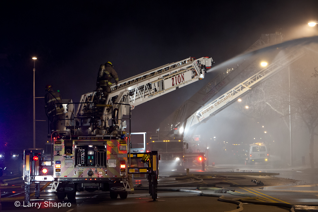 commercial building fire in North Chicago 3-18-12 fire department
