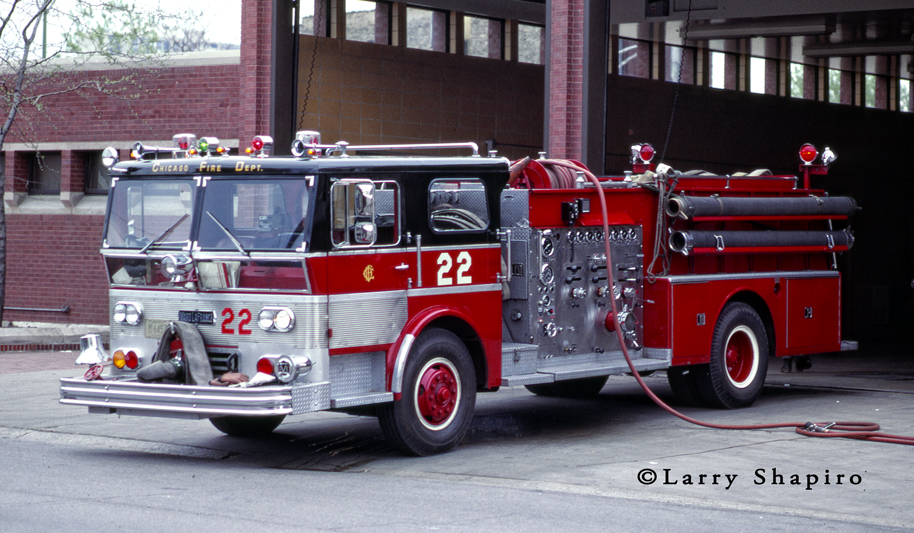 Chicago Fire Department 1970 Ward LaFrance P80 Ambassador engine 22