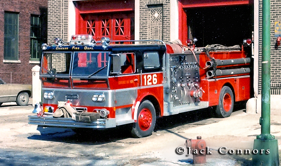 Chicago Fire Department 1970 Ward LaFrance P80 Ambassador engine 126