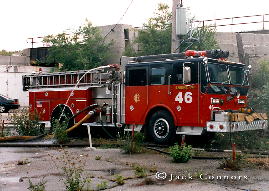 Chicago Fire Department Ward LaFrance P80 Ambassador pumper Ranger cab
