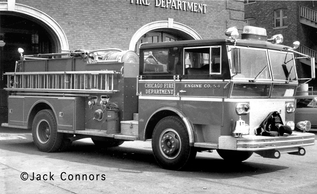 Chicago Fire Department history Ward LaFrance 1967 Engine 54