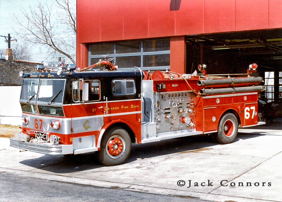 Chicago Fire Department 1973 Ward LaFrance Ambassador P80 engine 67