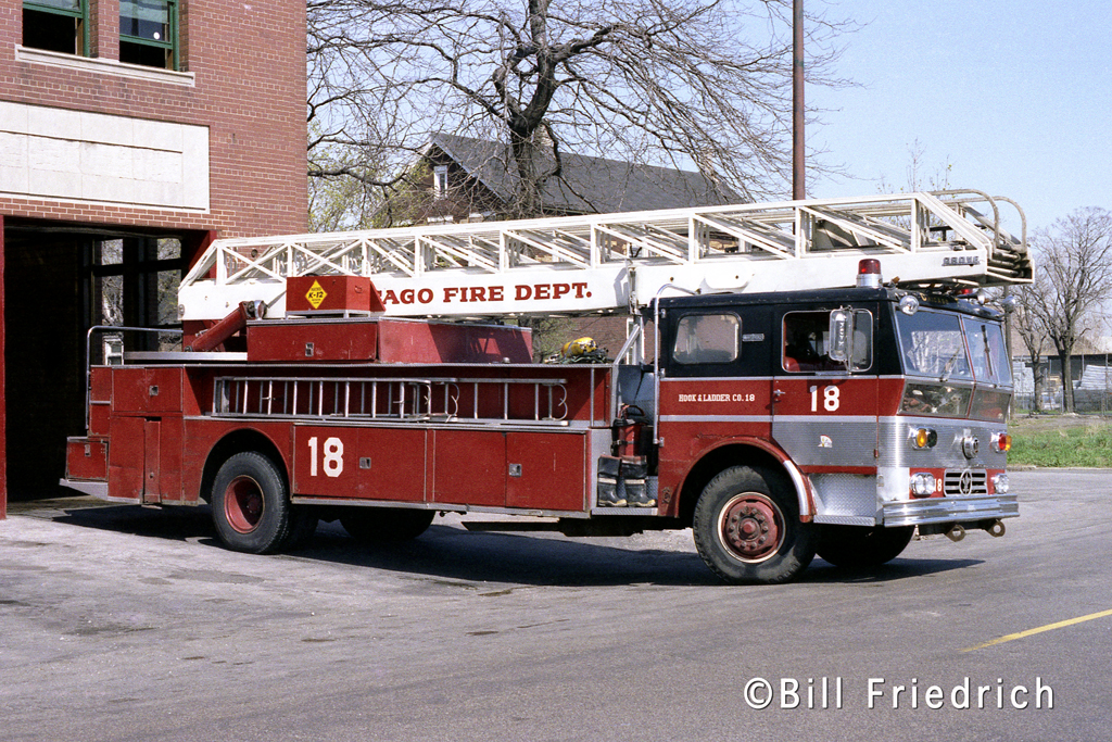 Chicago Fire Department 1970 Ward LaFrance/Grove 100' rear mount aerial.