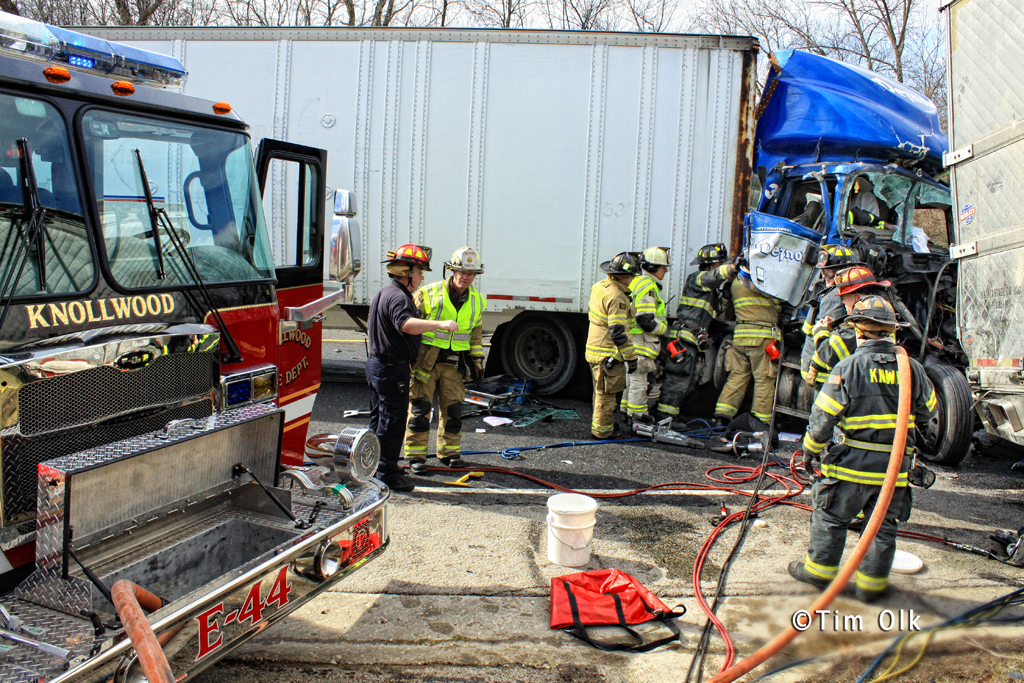 truck collision 3-8-12 Route 41 with trapped driver Knollwood Fire Department