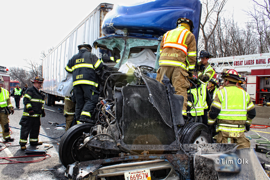 truck collision 3-8-12 Route 41 with trapped driver Great Lakes Naval Training Center Fire Department