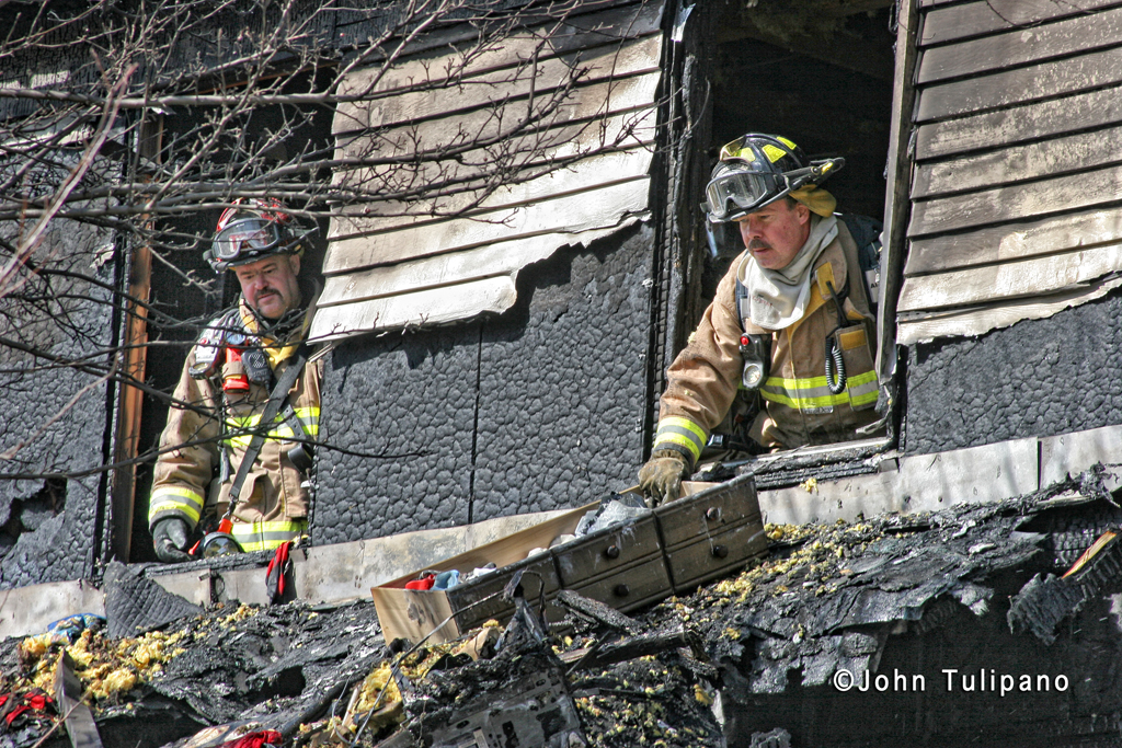 house fire on Cambridge in St Charles IL 3-6-12