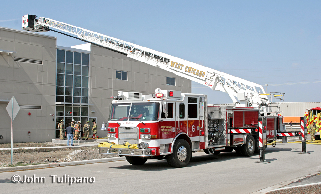 West Chicago Fire Protection District Tower  Pierce Arrow XT