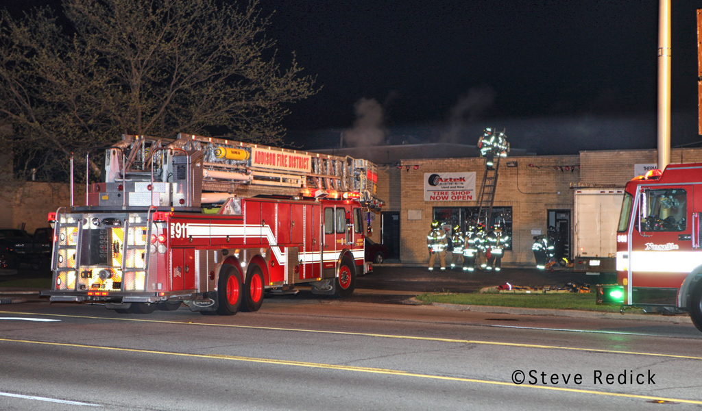 Wood Dale commercial fire on Irving Park Road 3-29-12