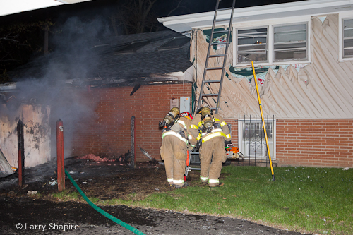 Buffalo Grove Fire Department house fire 275 Dundee Road 4-8-12