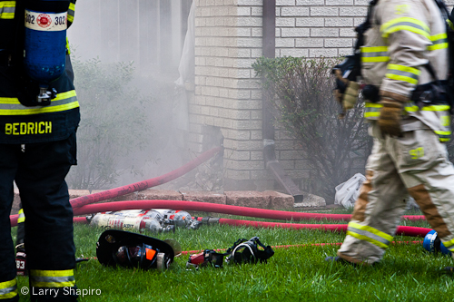 Arlington Heights house fire basement fire 4-18-12 1142 Fernandez