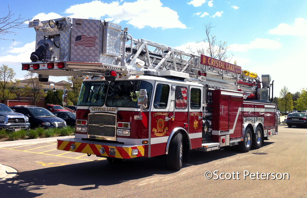 Crystal Lake Fire Department gets new tower ladder
