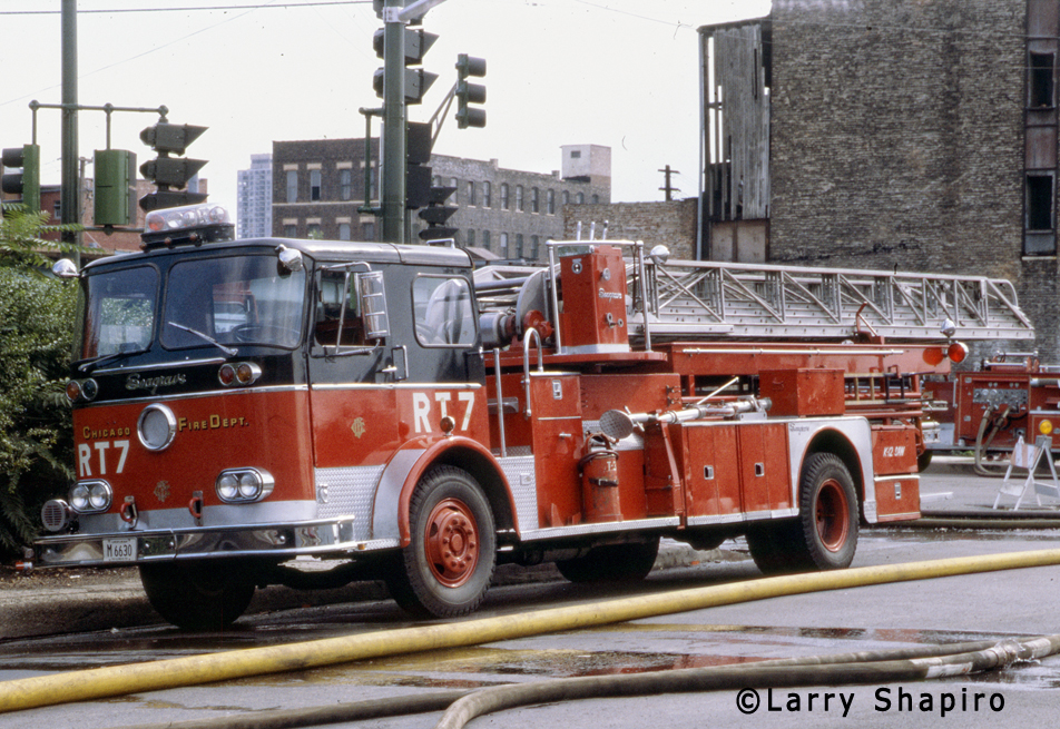 Chicago Fire Department 1967 Seagrave mid-ship mounted aerial