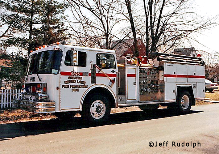 Round Lake Fire District FMC engine