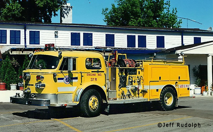 Highwood Fire Department Engine 37R