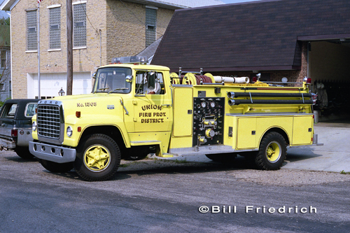 Union Fire Protection District 1975 Ford Darley tanker
