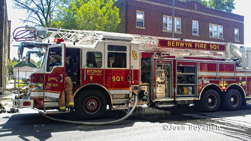 Berwyn Fire Department apartment fire 2741 Ridgeland Avenue 6-6-12