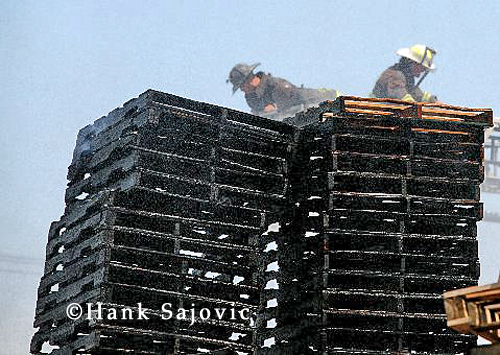 Chicago Fire Department Still & Box Alarm 47th & Knox 6-27-12 pallet fire