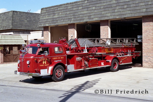Hinsdale Fire Department 1952 American LaFrance 700 Series