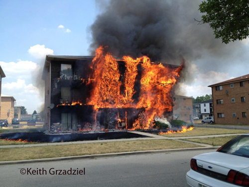 Apartment building fire in Bridgeview 7-16-12 on 86th street