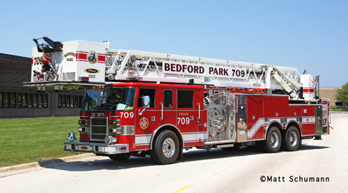 Bedford Park Fire Department Tower Ladder 709