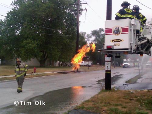 open gas line burns in Lyons 7-19-12