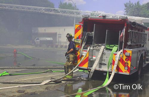 Milwaukee Fire Dept 5-11 Alarm Fire 631 East Center 100 Degree Temps