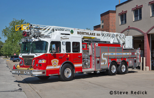 Northlake Fire Department quint 803