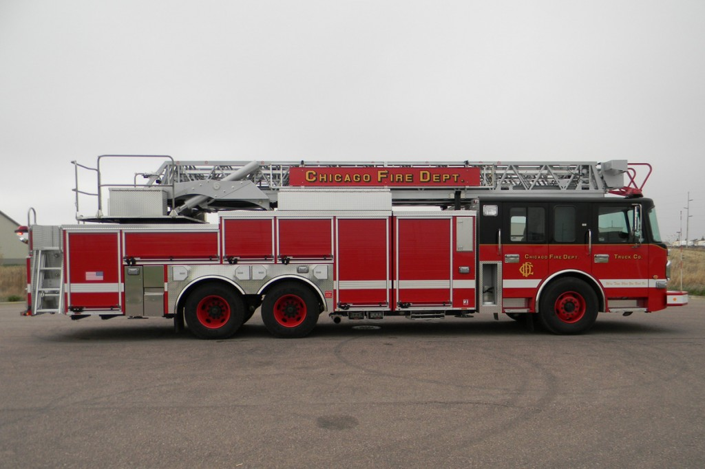 Chicago Fire Department SpartanERV aerial