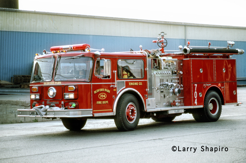 Bedford Park Fire Department 1982 Seagrave WB Engine 704