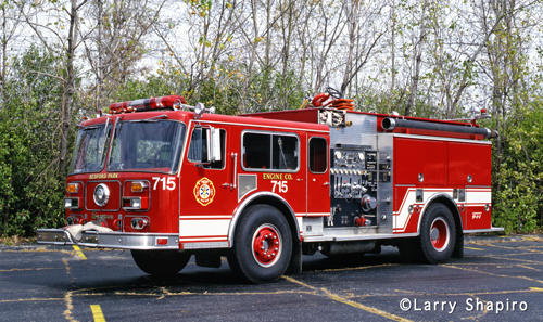 Bedford Park Fire Department Seagrave/Pierce Engine 715