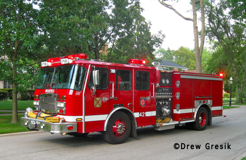 house fire on Selborne Lane in Riverside 8-2-12 Brookfield Fire Department Engine 421
