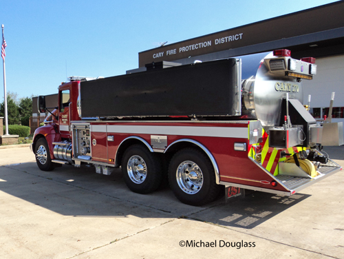 Cary Fire Protection District Tender 270 Peterbilt UST