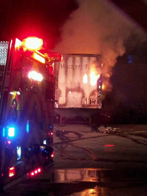 Trailer fire in Oak Lawn