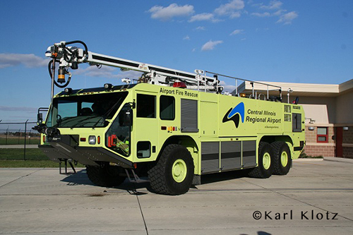 Oshkosh Striker 3000 with Snozzle - Central Illinois Regional Airport