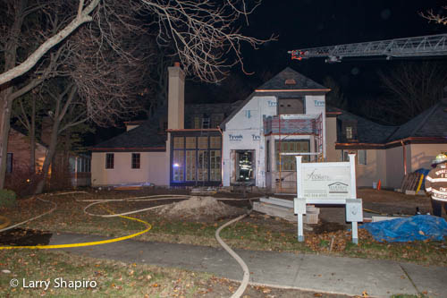 house fire in Winnetka at 827 Bryant Avenue 11-15-12