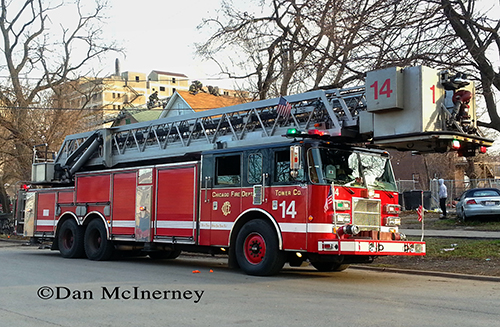 Chicago Tower Ladder 14. Dan McInerney photo