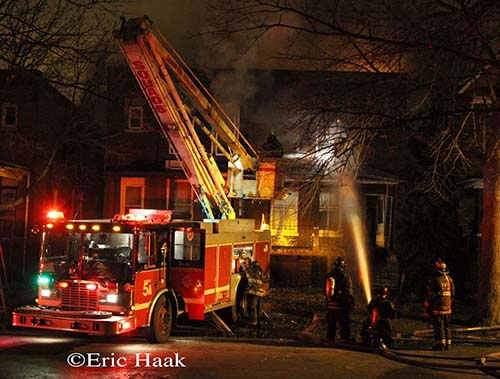 Chicago Fire Department Still & Box Alarm fire 12-9-12 on East 75th Street Chicago Squad 5