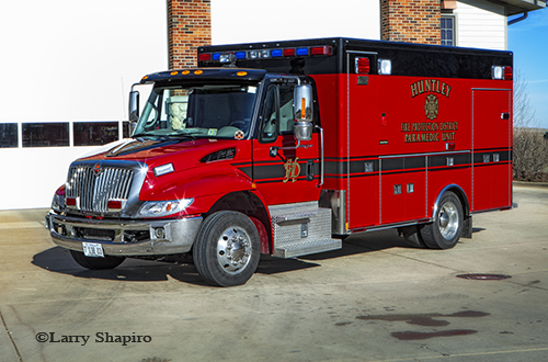Huntley FPD Ambulance 953 IHC 4300 Medtec Type I
