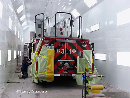 Brooklyn Park MD ladder truck 31