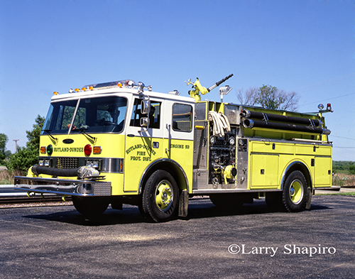 Rutland Dundee FPD Pierce Dash engine