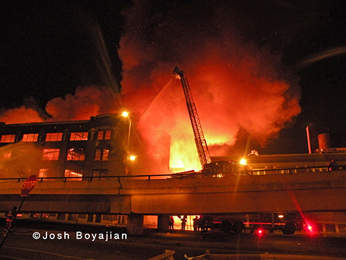 large nighttime fire in CHicago